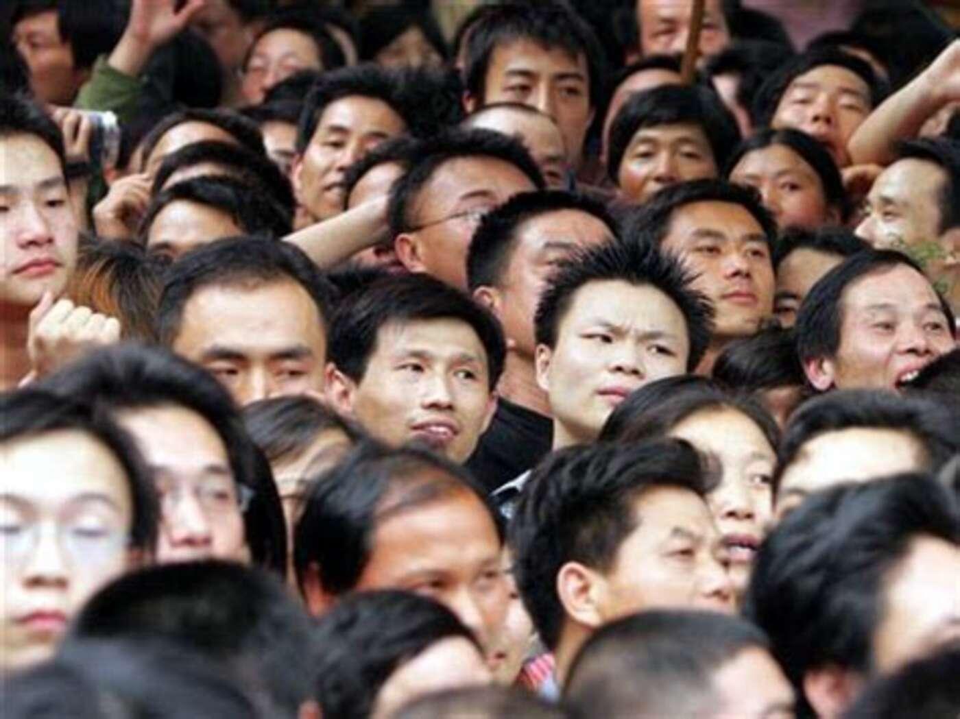 asiaten sehen alle gleich aus