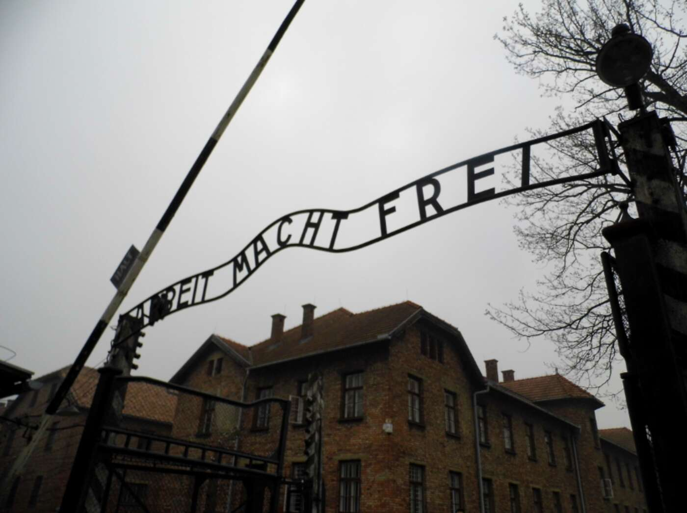 The famous entrance to the Auschwitz-Birkenau museum.